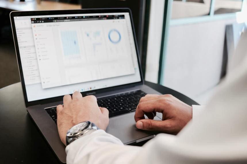 データドリブンマーケティングとは?具体的な手順と課題を解説